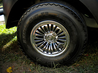 ffa8fc1b3f5 Golf cart hubcaps come in two sizes depending on the size of your tire - 8