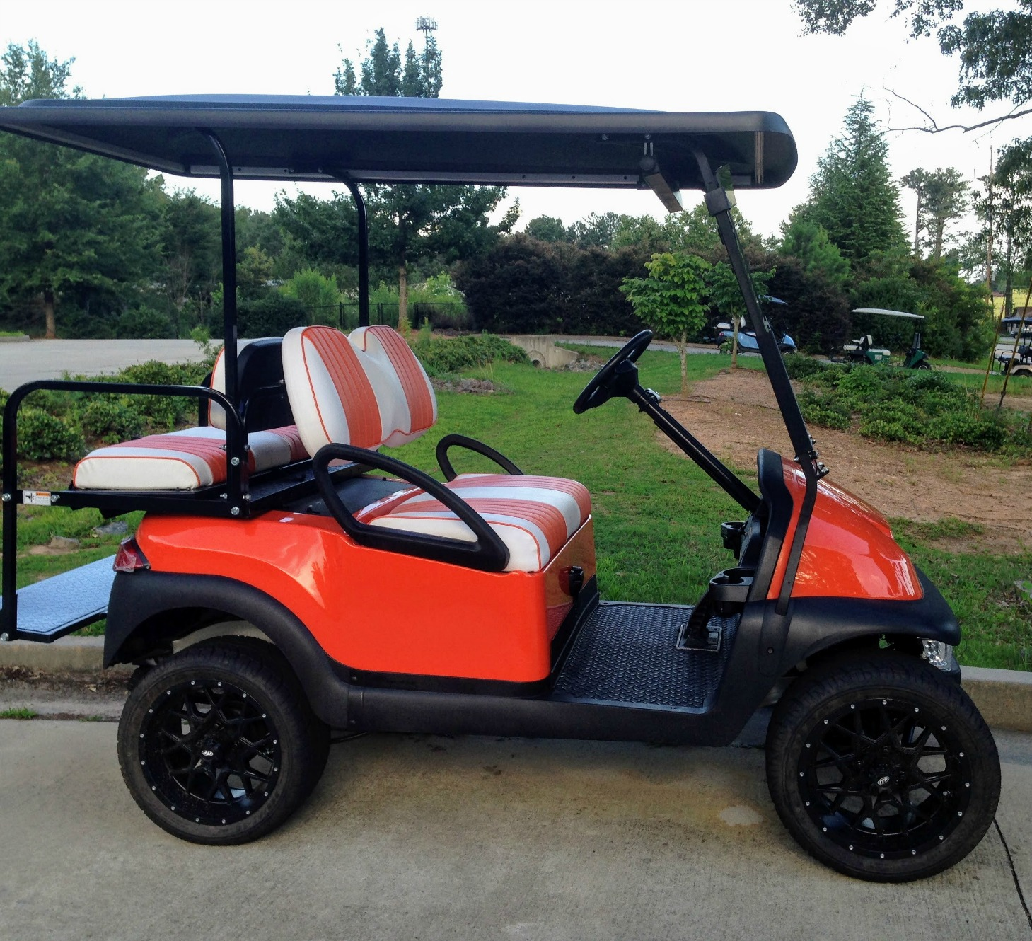 custom lifted golf cart