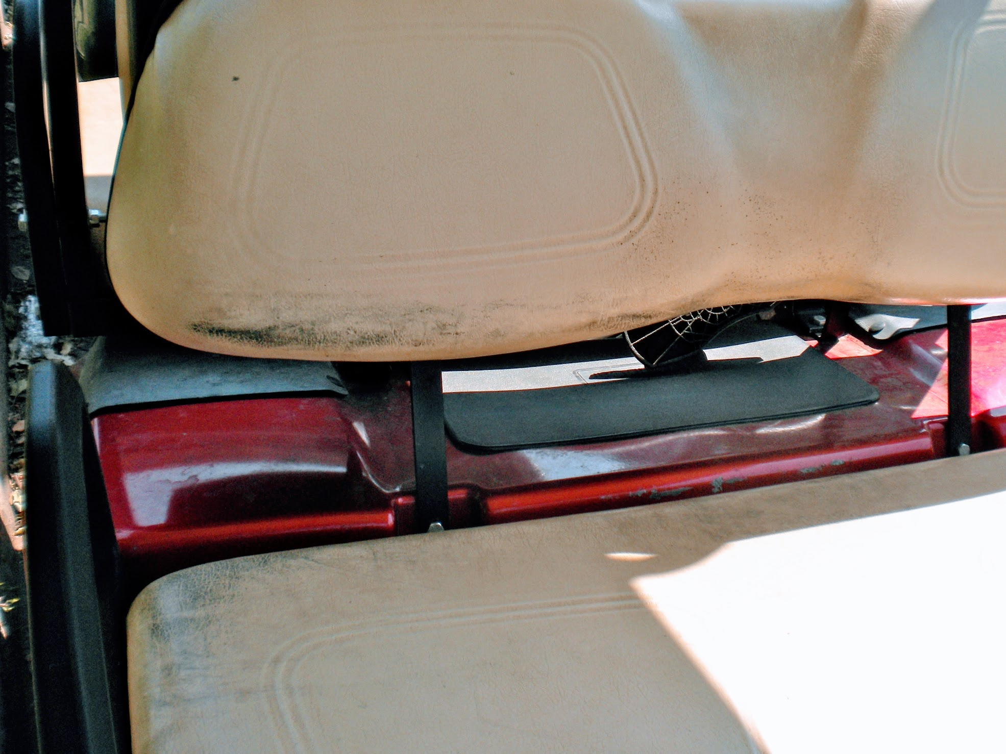 tips for cleaning golf cart seats